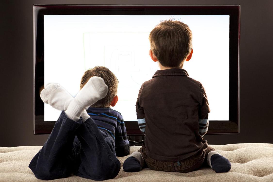 Ebeveyn Gibi Davranan Çocuklara Nasıl Yaklaşmalıyız