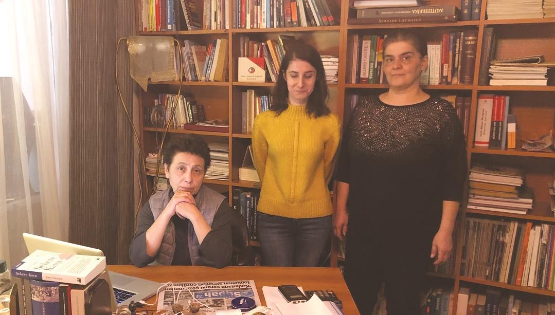 Türkiye'nin ilk kadın genel yayın yönetmeni: 'Medyadagücü eline alan erkekler kendilerini yarı tanrı sanıyor'