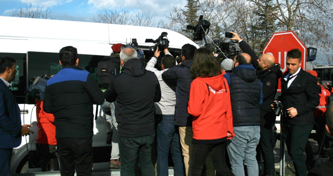 Fikri takip: Edirne'de göçmenleri izleyen gazeteciler anlatıyor